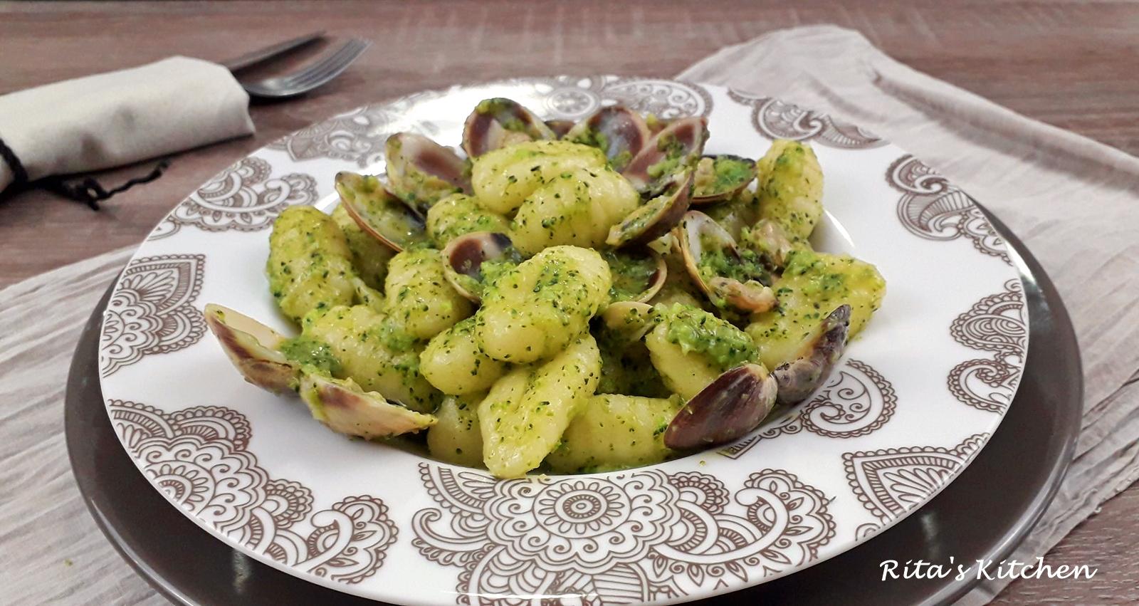 gnocchi alla crema di vongole e broccoli