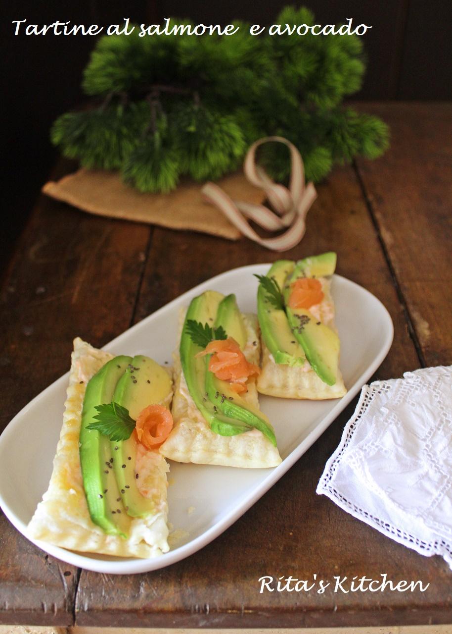 tartine al salmone e avocado