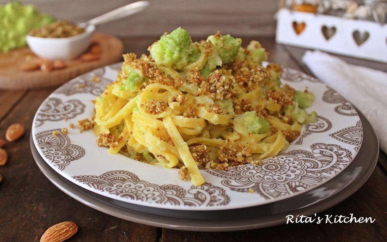 fettuccine con broccolo e mollica